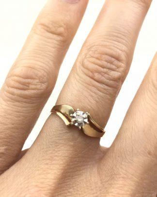 Gorgeous Vintage Yellow Gold 10K Diamond Solitaire Wedding Ring Designer Size 6.5 Unique Signed 10K CI